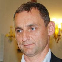 Tomas Walkowski consultant Douglas McEncroe Group