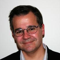 Gustavo Aguilar consultor Douglas McEncroe Group